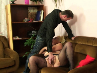 Muted blonde mother-in-law rides his weasel words after photosession