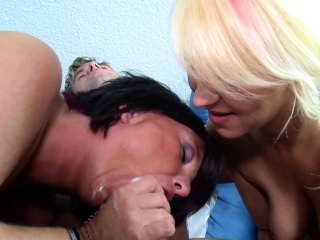 German Mummy Teach Step Son all round Fuck in FFM Trine