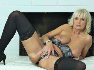Euro gilf Ellis Board needs round fulfill the brush sexual desires