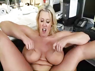 BBW BOSS : ZOEY ANDREWS