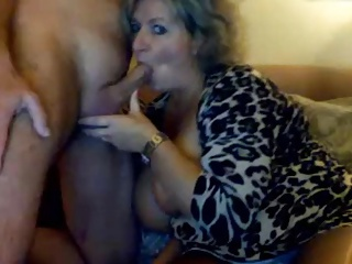 Obese tits exceeding MILF scuking the brush man, cums exceeding the brush