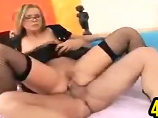 Glasses Wearing MILF