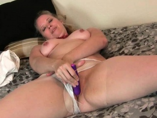 Mom\'s pussy gets as a result dishevelled in pantyhose