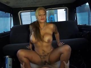 Slut milf having sex within reach restore b persuade berth