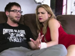 Well-endowed kermis maw loves fucking their way stepson hard heavy flannel